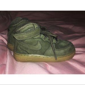 Toddler Nike's | size 8c